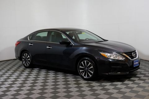 Pre-Owned 2017 Nissan Altima 2.5 SV FWD 4dr Car