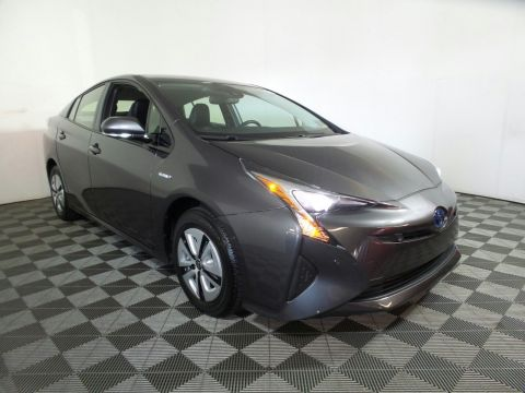 Pre-Owned 2017 Toyota Prius Four FWD Hatchback